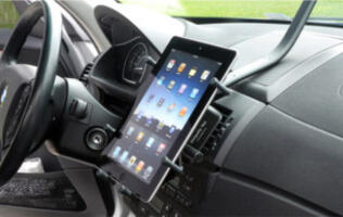 LUXA2 Unveils Line-up of Accessories for iPad 2