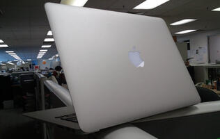 Apple Poised to Dominate Ultra-Portable Notebooks Market