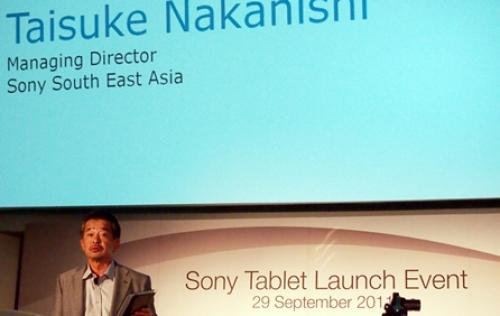 Sony Tablet S Lands in Singapore