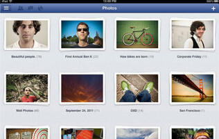 Facebook Hits the iPad Officially