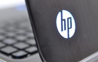 New HP CEO Reverses PC Business Spin Off Decision