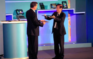 ASUS Chairman Launches Two New Ultrabooks at Computex 2012