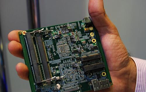 Intel Demos Palm-sized Ivy Bridge Reference Desktops
