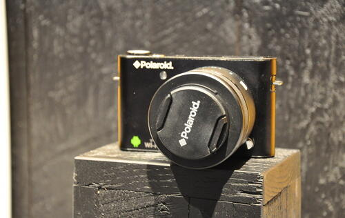 Hands-on: Polaroid iM1836 Interchangeable Lens Android Camera