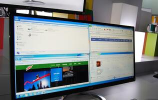 LG's Easy to Manage Ultra Widescreen 29-inch Monitor