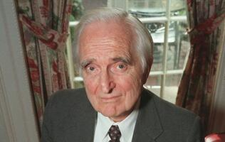 Inventor of the Computer Mouse, Doug Engelbart, Passed Away at Age 88