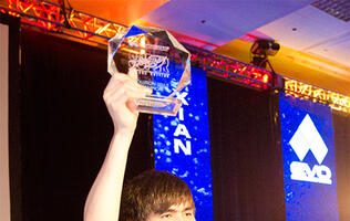 Singapore Gamer Xian Wins Super Street Fighter 4 Evo 2013 Tournament