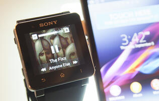First Looks with Sony's SmartWatch 2, a Waterproof Smart Companion for Android