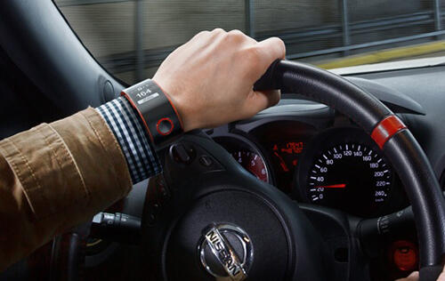 Nissan is the Latest to Jump onto the Smartwatch Bandwagon