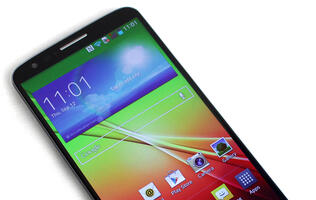 LG G2 - The Rear-Button Smartphone
