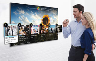 Samsung's 2014 Smart TVs Know When You're Flicking Your Finger at Them