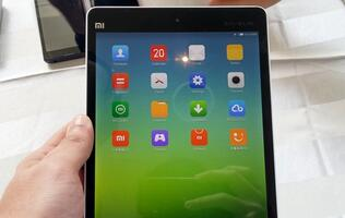 Sneak Preview of the Xiaomi Redmi Note and Mi Pad