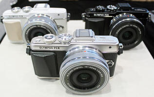 Hands-on: Olympus' Latest Pen E-PL7