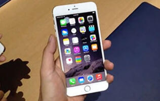 Just how big is the iPhone 6 Plus?