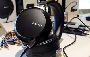 Hands-on with Sony's new headphones: MDR-Z7, MDR-1ADAC, and MDR-XB950BT