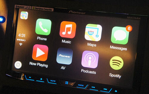 Hands-on with Pioneer's Apple CarPlay compatible in-car multimedia receiver