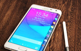Samsung Galaxy Note Edge 4G+  review