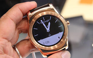 LG's first all-metal Android Wear device, the Watch Urbane to debut at MWC 2015 (Update: Hands-on photos!)