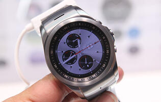 The LG Watch Urbane LTE doesn't run Android Wear, but it can make calls (Update: Hands-on photos!)