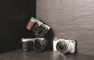 Samsung NX500 pricing and availability announced