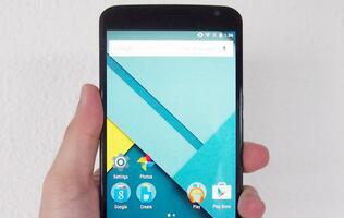 Motorola Nexus 6 - Google's first phablet device makes a lasting impression