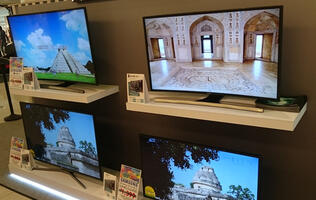 More than SUHD TVs up its sleeves, Samsung releases 2015 UHD TV line-up