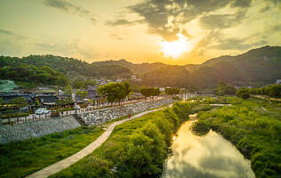 Travel Photography: Craftsmanship in South Korea
