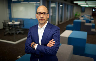 Dick Costolo to step down as Twitter CEO