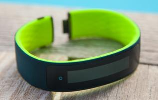 HTC cancels plans to ship its first wearable fitness track, the Grip