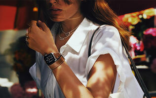 Apple Watch: New gold and rose gold aluminium Watches, Hermès leather bands and more