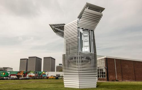 This giant air purifier sucks up smog and spits out gem stones