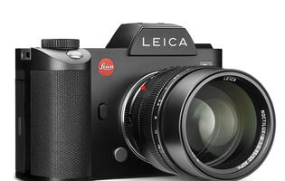 Leica serves up yet another luxury mirrorless camera – the Leica SL