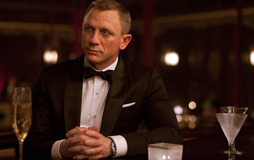 Find out why Daniel Craig resisted using an Android phone in Spectre