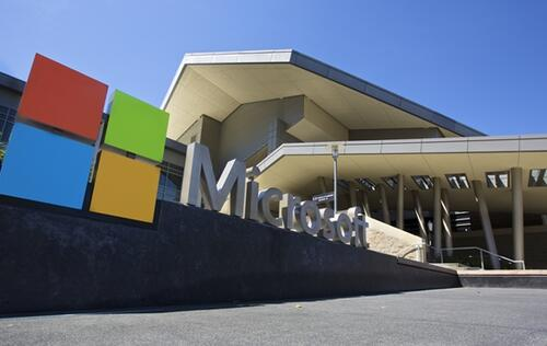 Microsoft's Q2 report earnings beat market expectations and its shareholders are well-rewarded