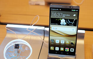 Huawei's Mate 8 looks to continue success of Nexus 6P