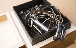 First looks: Klipsch X20i earphones - Good things come in small packages