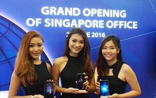 TP-Link opens new showroom in Singapore, also launches new Neffos C5 Max smartphone