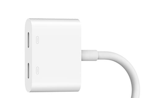 This Belkin adapter will let you charge your iPhone 7 with your earphones plugged in