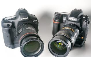 Canon EOS-1D X Mark II vs. Nikon D5: Clash of the Titans