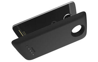 The Moto Z is getting new mods in the form of a Mophie battery and Incipio car dock
