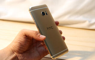 HTC is not giving up yet, working hard on future flagship phones and Vives