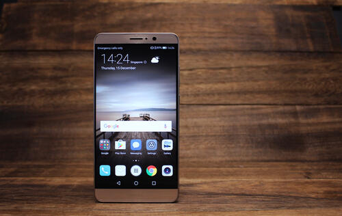 Huawei Mate 9 Review: A smartphone that gets better the more you use it?