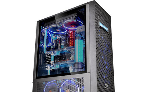 Thermaltake announces three new cases with tempered glass side windows and plenty of space