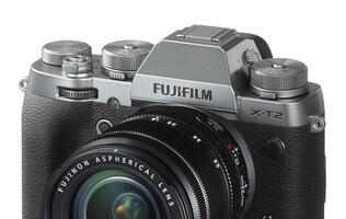 In pictures: Fujifilm's X-Pro2 and X-T2 now come in graphite