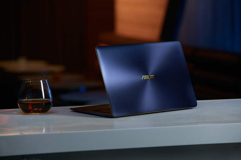 The ASUS ZenBook 3 Deluxe ups the ante with a 14-inch display and more ports