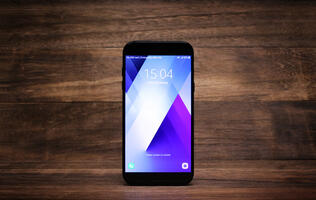 Samsung Galaxy A7 (2017) review: Flagship features in an affordable package