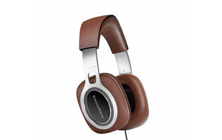 Gear this week: Luxurious headphones, an IP camera powered by AA batteries and more