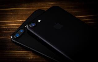 "iPhone 8 to have ""revolutionary"" 3D-sensing front camera?"