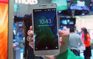 First looks: the Moto G5 Plus at MWC 2017