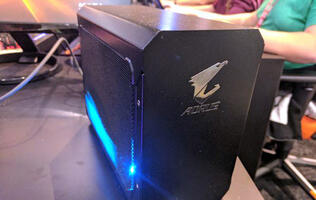 Gigabyte officially announces its Aorus external graphics dock (Updated)